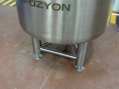 500 Liters Capacity In Stainless Steel Solution Production Tank